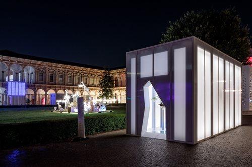 Oltre a The Light Gate, iGuzzini celebra il design in diverse location milanesi